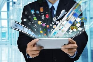 How to Secure a Job in the Entertainment Industry?