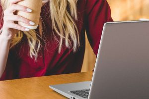 Best Laptops for Writers on a Budget (Freelance Academic Writers)