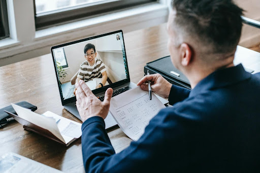 Is Online Tuition in the UK Favorable for both Teachers and Students?