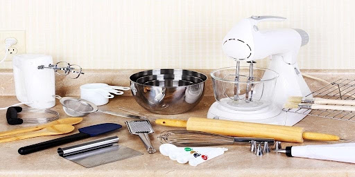 What is the right equipment and Tools for Baking?